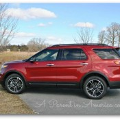 ford-explorer-sport-profile